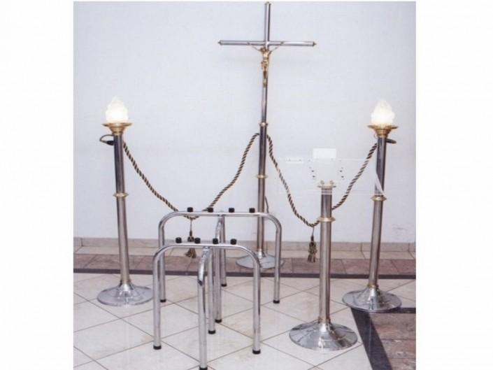 """6002-Capilla Bronce, Acero y Cromo 2 candelabros 2003 """"F"""""""