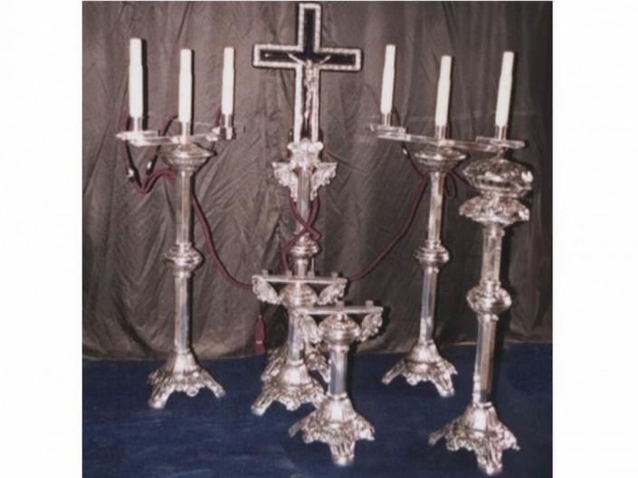 6008-Capilla aluminio octogonal 2 candelabros