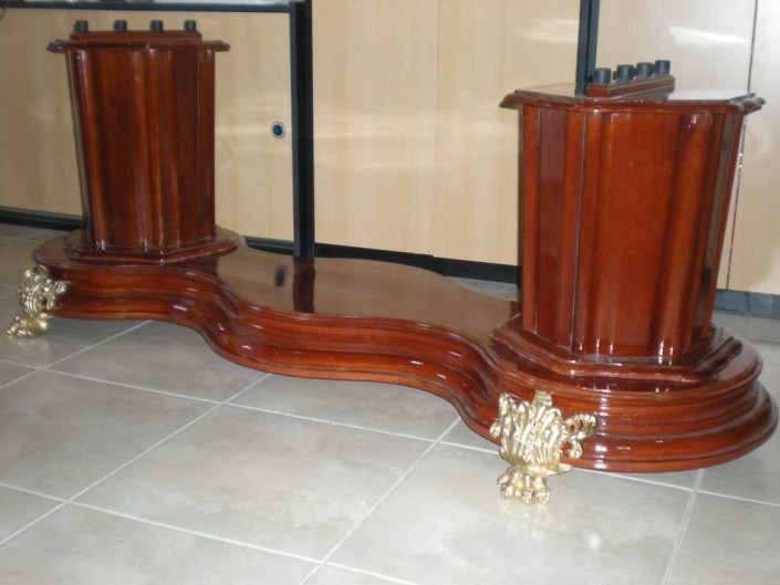 22010 - Cocodrilo cedro o roble con bronce