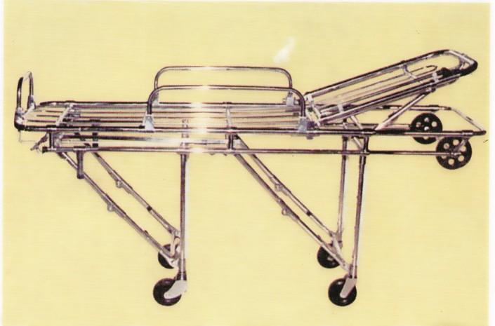 16012 - Camilla en aluminio con doble quiebre