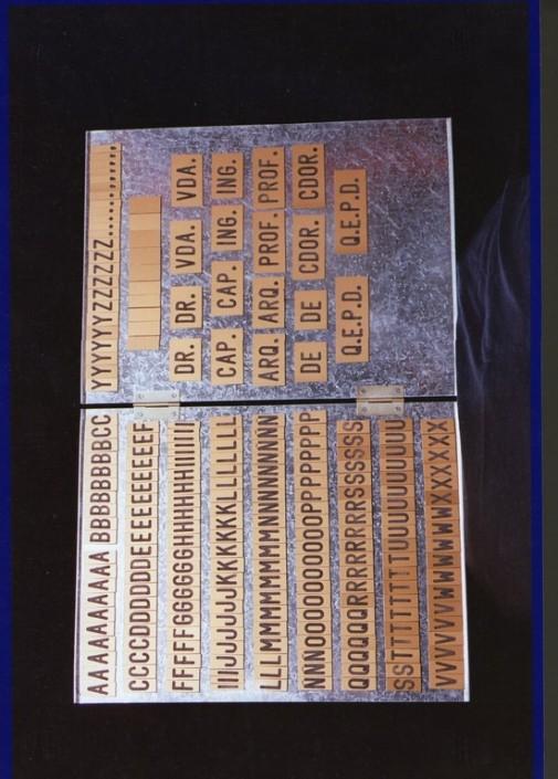 5002 Letra para fúnebre en IPI grabada con imán